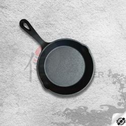 litinová pánev o průměru 15 cm pro dokonalé restování, smažení, pečení a dušení